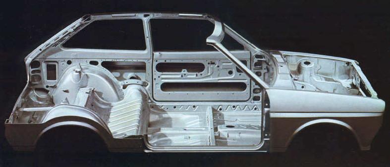 Кузов Fiesta Mk1 (вырезан для